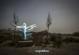El-tape-light-painting-nocturna